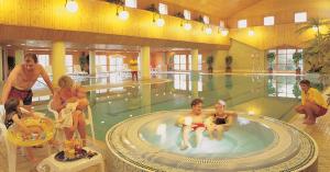 crowhurst-Pool-2