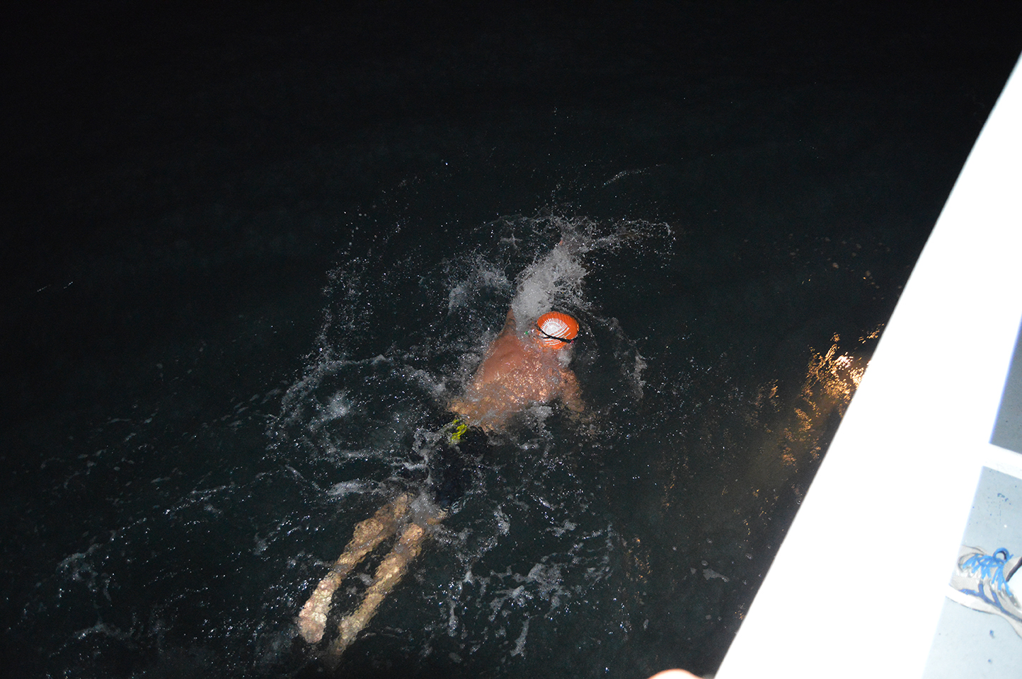 Swimming-in-the-middle-of-the-night---channel-swim-2013